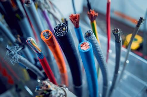 Tiêu chuẩn hóa và quản lý an toàn đối với các thiết bị dùng cho lắp đặt trong gia đình